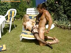Horny couple fucking pleasures in the garden