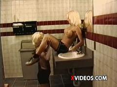 Metro - lesbian sex 04 - scene 3 - extract 1
