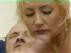 Mature woman have fun 03 bob