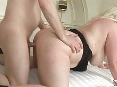 Big tits plumper carrie fucked hard  fast