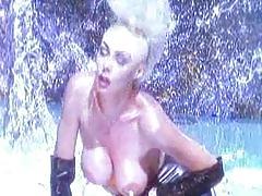 Two hot lesbians licking ... xoo5.com