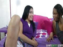 Hotties nina sunshine and andrea kelly fuck each other