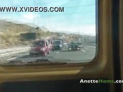 Masturbation en cam2cam avec un coquin sur autoroute
