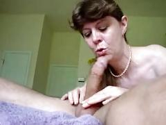 Her throat is insatiable !!!
