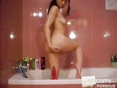 Bath time with horny, squirting hottie