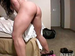 Hot muscle brunette masturbating