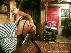 Sexy tall cougar danielle