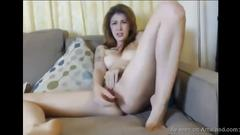 Tattooed brunette babe masturbating on webcam