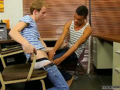 Hot twinky fuckers evan and robbie school anal