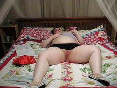 Bbw masturbating on webcam