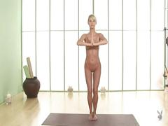 Sara jean underwood's yoga moves