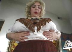 Chubby woman with big tits in solo