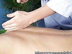 Hot massage and facial for a sexy girl