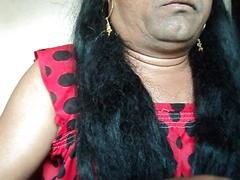 Girl shaving armpits hair by straight razor.avi