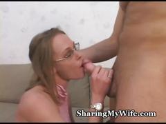 Kinky wifey slurps new stud