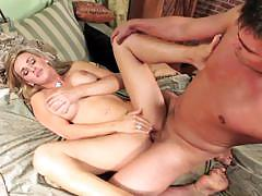 Tanya tate catch the cumshot by her mouth.