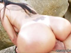 Super butt babe gina jolie gets to be cum drenched