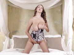 Lucie wilde - corset