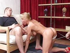 Russian mature and 2 boys fuul service , hard fisting