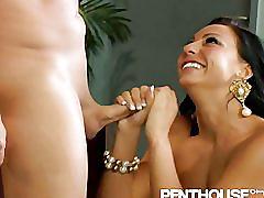 Tiffany brookes pussy nailed so hard she screams