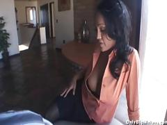 Priya rai fucks for higher house price
