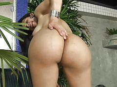 Perfect ass tranny