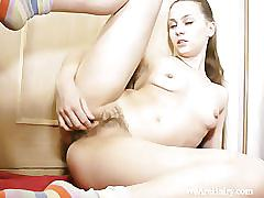 Alis rubs down and gets off