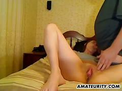 Amateur girlfriend home action with creampie cumshot