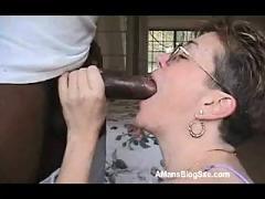 Mature likes black penis