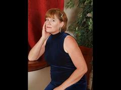 Mature ladies and milfs slideshow 4