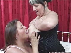 Double dildo'ed huge boobs