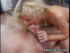 Amateur milf homemade toying, sucking, fucking with facial