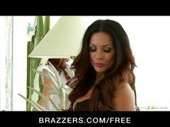 Brazzers - hot & mean redhead babe fucks her big-tit roomate