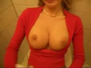 More2cum.com -  public restroom quickie