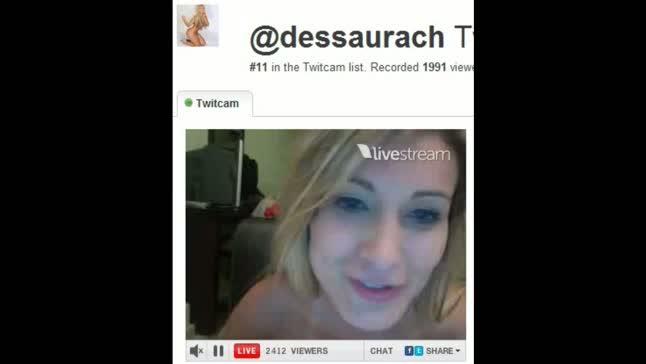 Andressa urach na twitcam - mostrou os peitos!