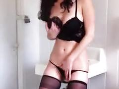 Amber - psycho pussy in public toilet