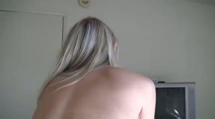 babes, blondes