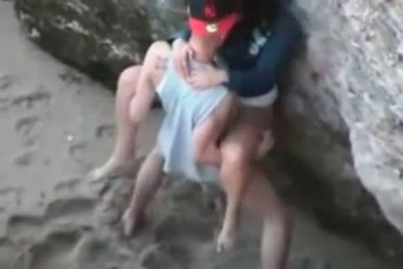 Namorados na praia