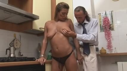 Esperte di cazzo!!!! - full italian movie s88