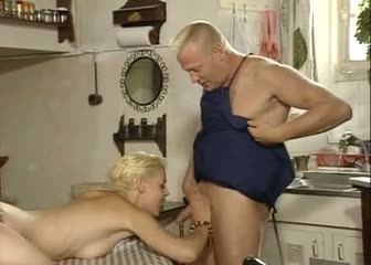 Hot short hair daughter knows double penetration is fun!