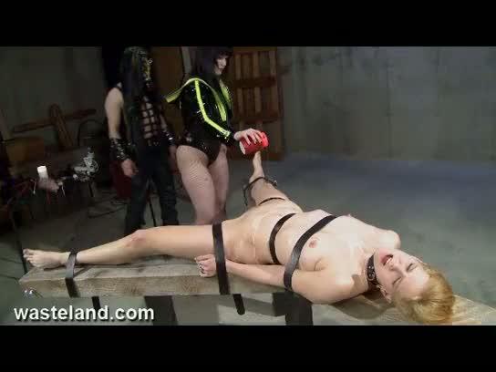 Wasteland bondage sex movie - evil awaits for her (pt. 1)