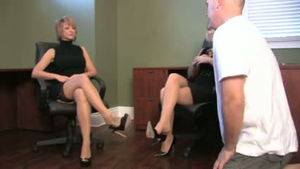 One guy worship the nylon feet of two secretarys