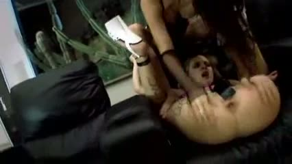 Hot tattoed slave in anal threesome-l1390-