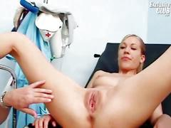 Blonde chick gets her pussy examined