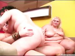 Fat girls into bbw threesome