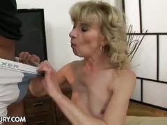 Grandma wants grandpa to squirt some cum