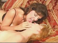 Step-daughter loves mom's pussy