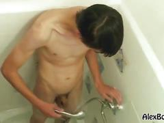 Cute amateur twink fingering and jerking in solo!