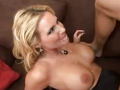 Delicious big ass blonde bitch does perfect anal