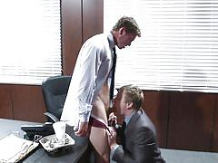 Connor and tom have an appraisal meet